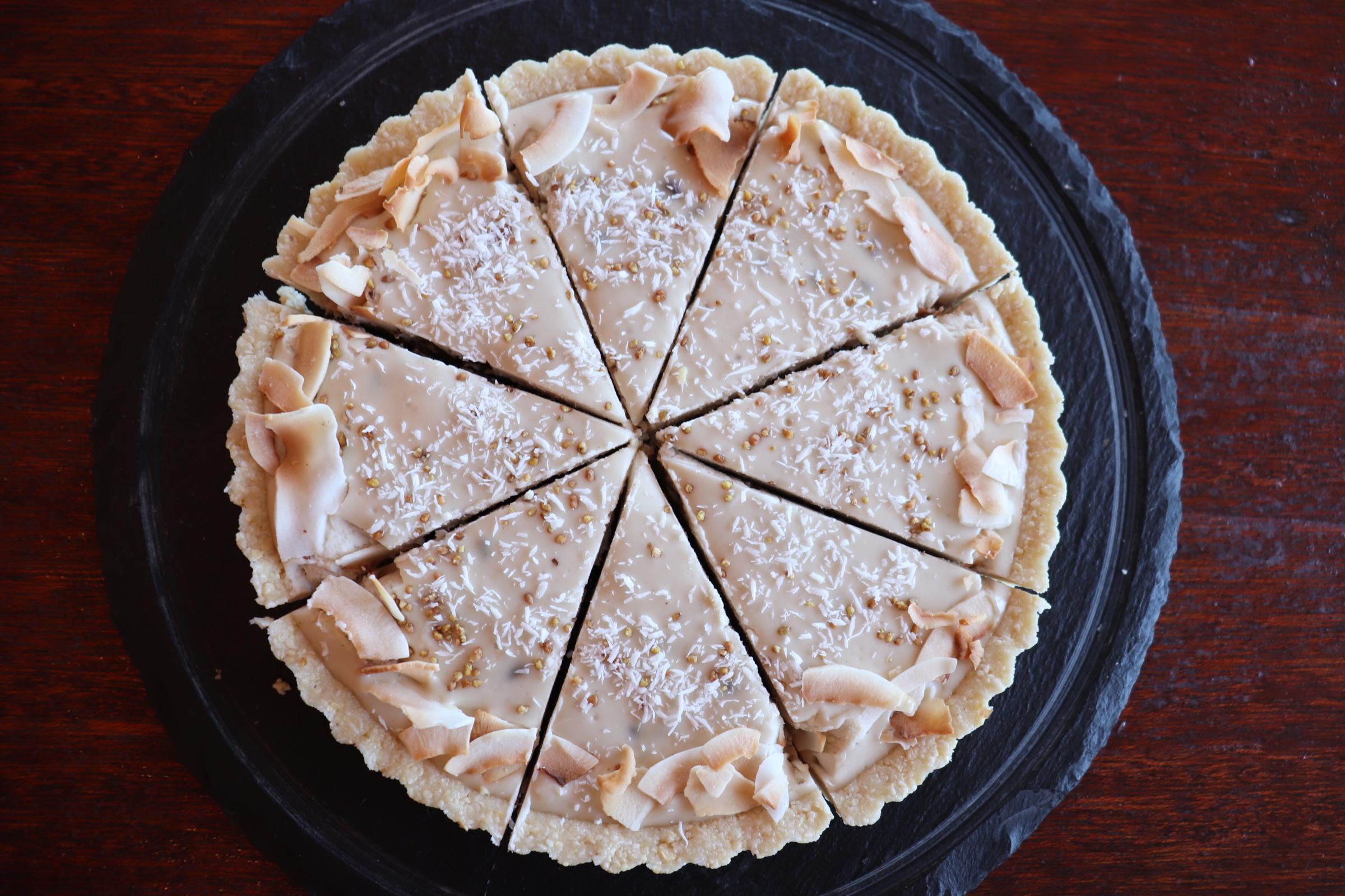 ラムレーズンRAWタルトケーキ