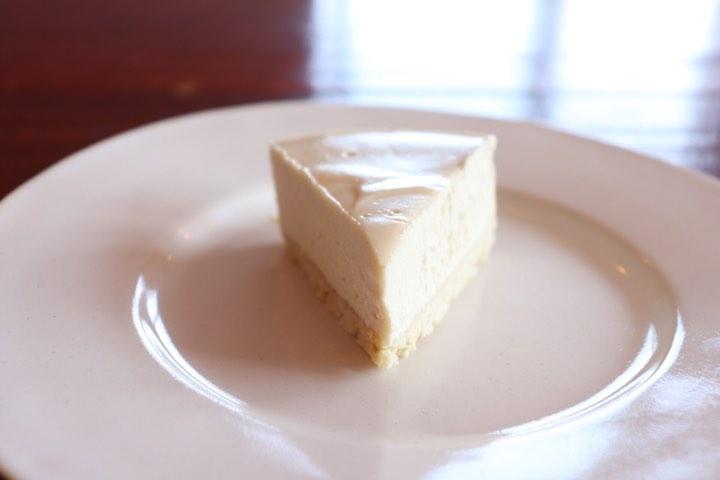 信州産ローハニーのクリームチーズケーキ