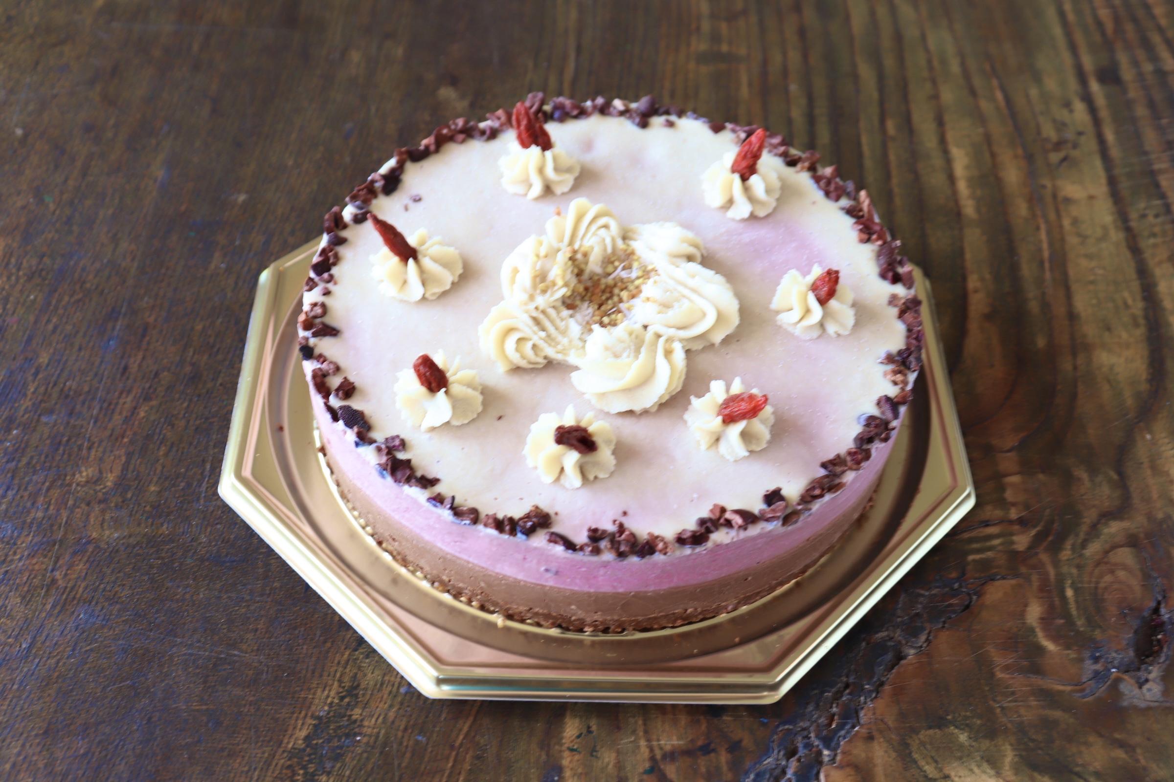 ストロベリー&ローチョコレートケーキ